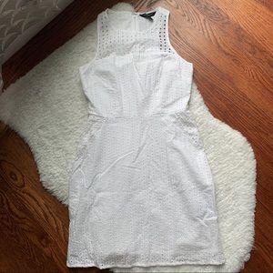 BANANA REPUBLIC White Eyelet Dress Size 00P